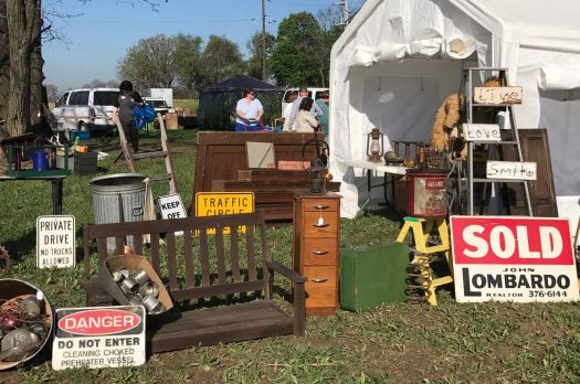 How to Hunt for Flea Market Finds