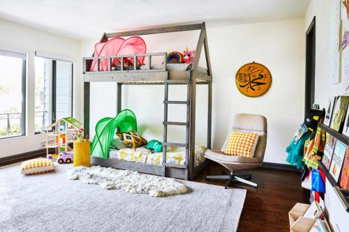 Custom design bunk bed for twins.