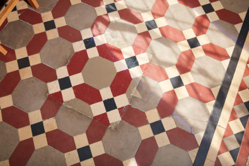 Jess-Davis-Nest-Studio-sunroom-floor